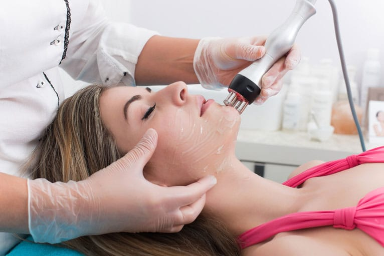 Laser Treatment For Acne – Finally an Effective Acne Solution
