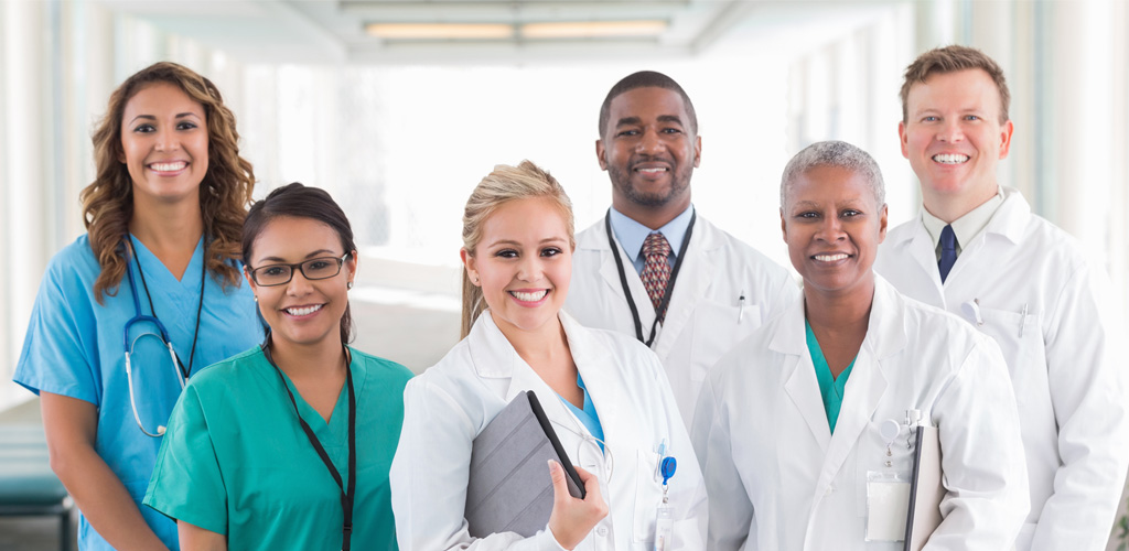 Planning Your Career in Healthcare Industry – Tips to Choose Your First Job