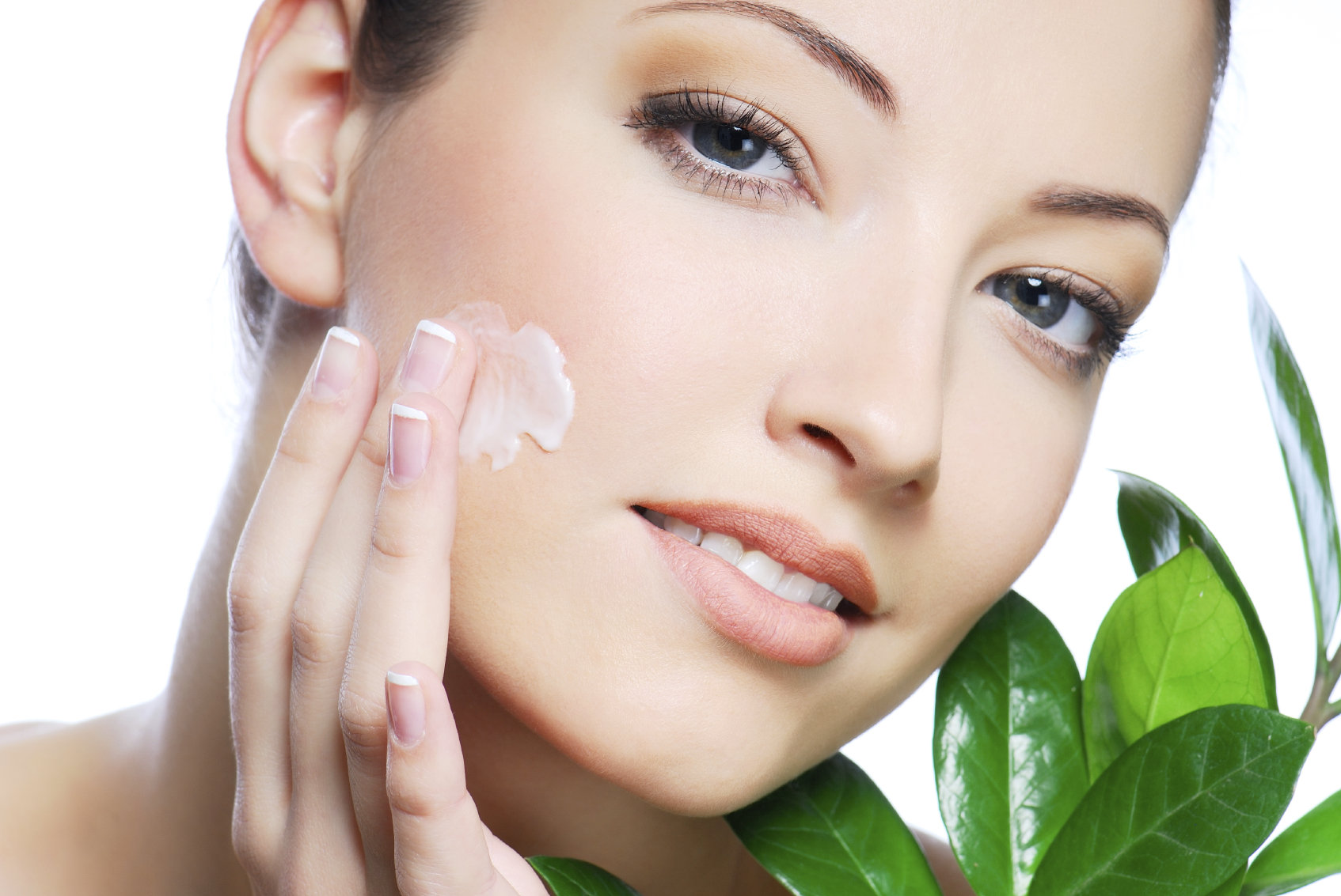 Potential Plant Extracts – Know How it Helps to Enhance Your Skin