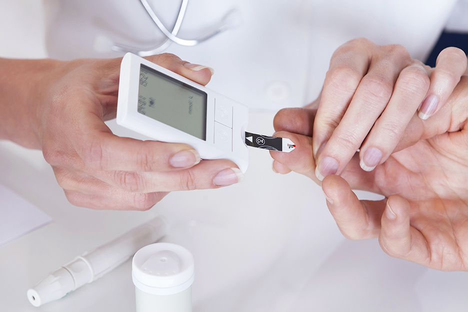 Testing your Blood Sugar Levels: How and When to Do It