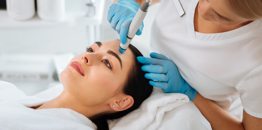 Your Quick Guide To Hydrafacial: Pamper Your Skin!